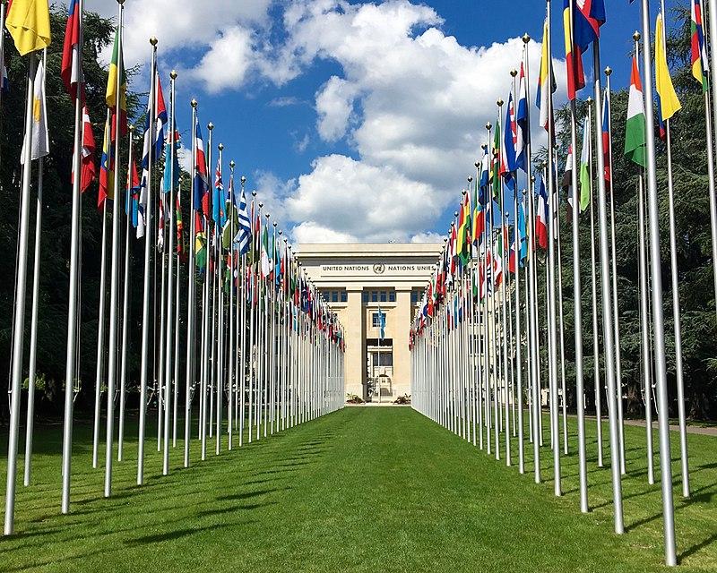 800px-Palais_des_Nations_unies,_à_Genève